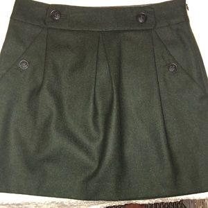 Banana republic green wool skirt. NWT
